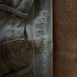 Calvin Klein Legging pants. Size 29. Washed denim